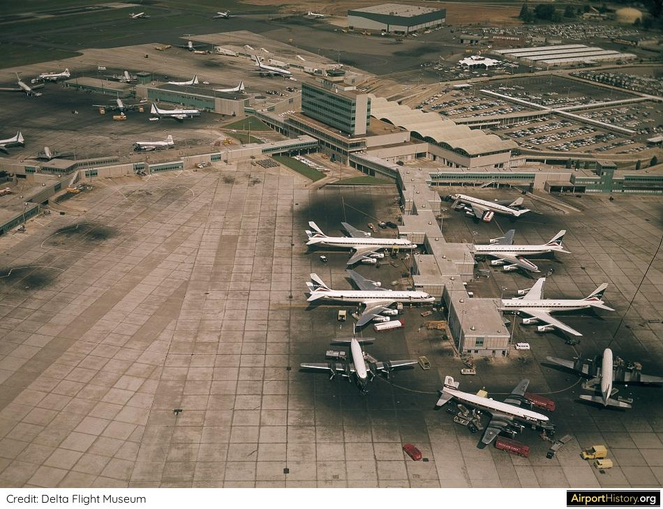 Atlanta Municipal Airport in the early 1960s