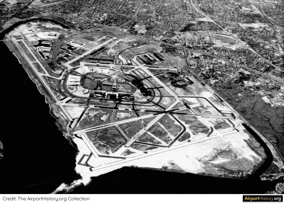A 1959 aerial image of New York Idlewild Airport