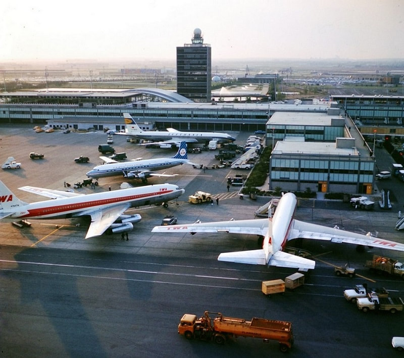 A 1961 aerial airside view of the IAB.